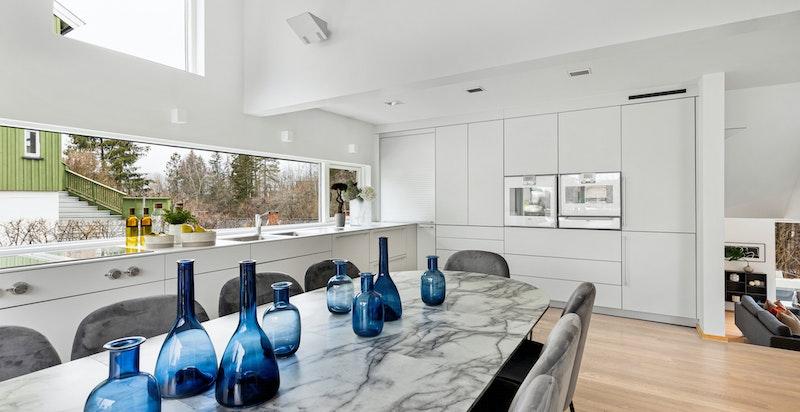 Lyst, moderne og brukervennlig kjøkken med innredning fra Bulthaup
