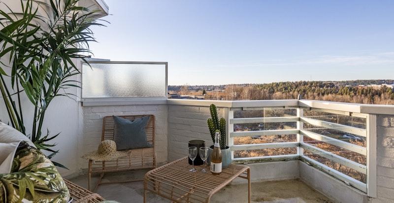 Eller nyt privatliv på balkongen i flotte omgivelser.