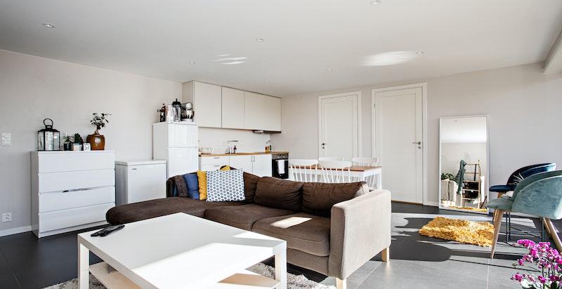 Adskilt utleiedel* med to soverom og kjøkken samt lekkert bad