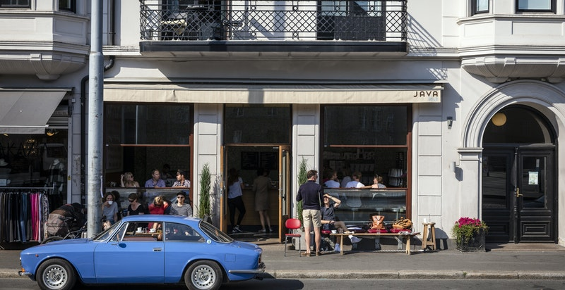 Attraktivt nærmiljø i Ullevålsveien og sidegatene med mange butikker, koselige cafeer og restauranter