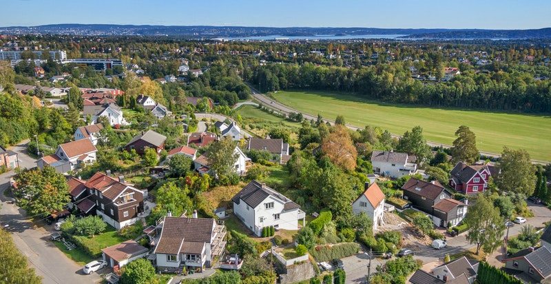 Et idyllisk og veletablert villaområde
