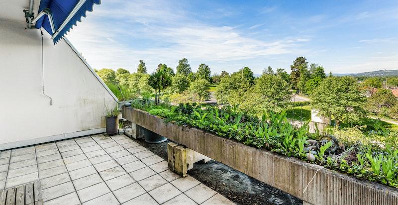 Flott balkong med fantastisk utsikt