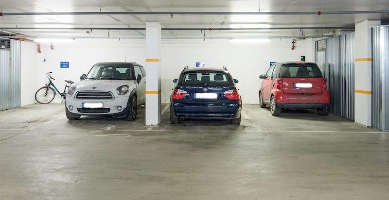 Det tilhører en garasjeplass.