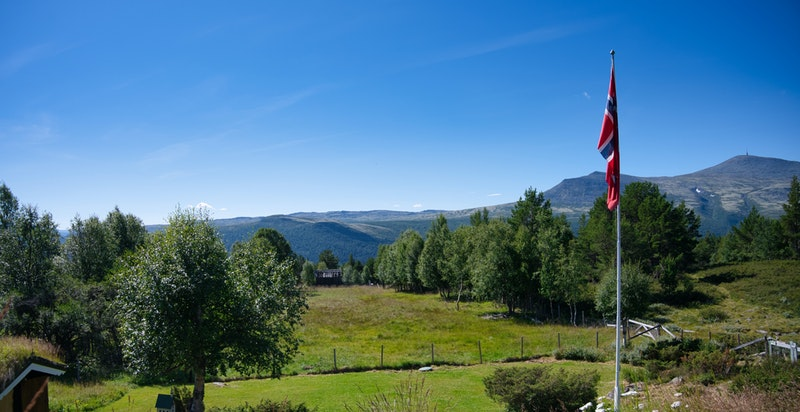 Utsikt mot Jetta/Blåhøe fra eiendommen