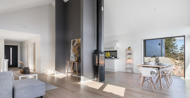 Den nyoppførte boligen har en smart planløsning og god takhøyde