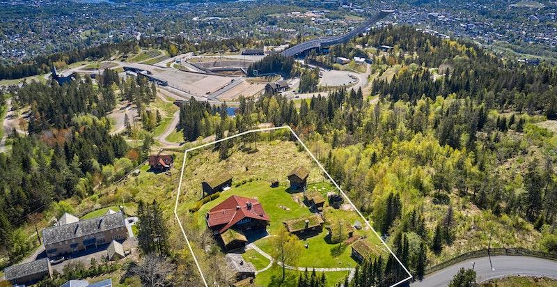Dronefoto med tomtegrenser