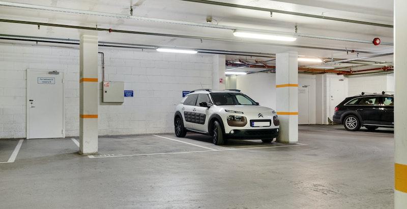 Garasjeplass med direkte heisadkomst