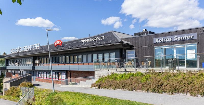 Gangavstand til Kolsåssenteret med et rikelig antall forretninger, post.