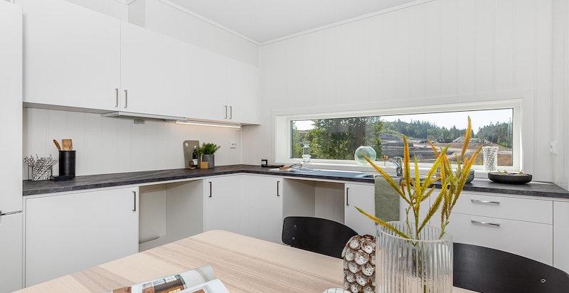 Bilder er tatt i leilighet 7.3  men viser tilsvarende leveransestandard for rekkehusene - Kjøkken (avvik kan forekomme, se leveransebeskrivelse)