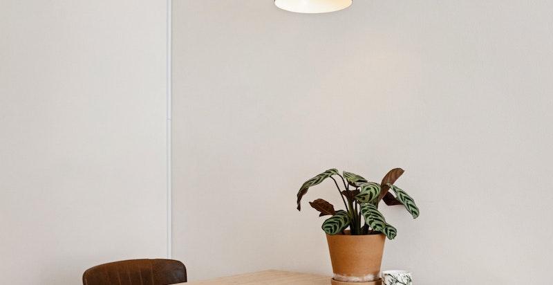 Plass til spisebord/kontorpult
