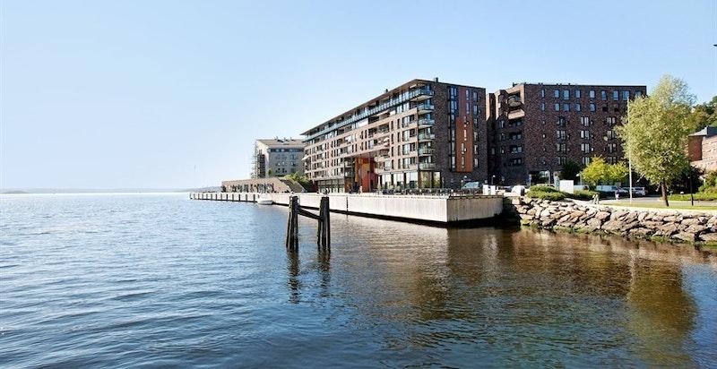 Lysaker Brygge - sjøen som nærmeste nabo