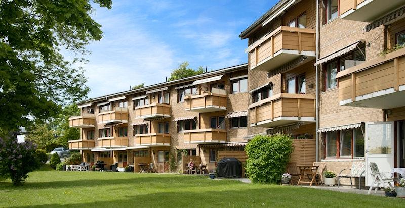 Sameiet består av 41 seksjoner fordelt på 3. etasjer.