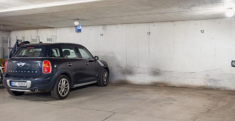 1 Garasjeplass - Plass 13