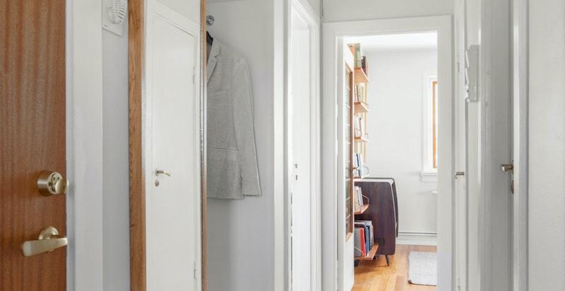 Entré/gang med garderobeplass