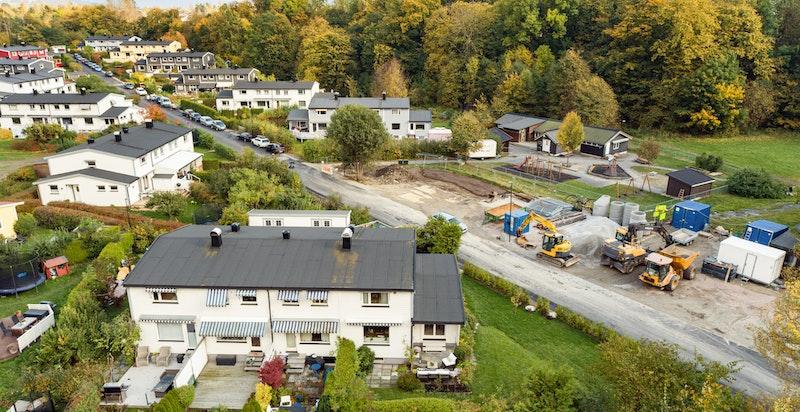 Attraktivt boligfelt som er meget stille og fredelig uten gjennomgangstrafikk.