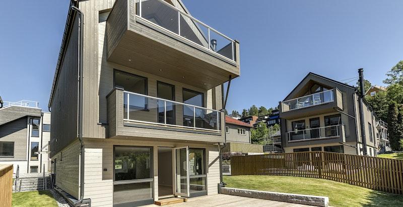 Funksjonabel og moderne bolig med gode fasiliteter