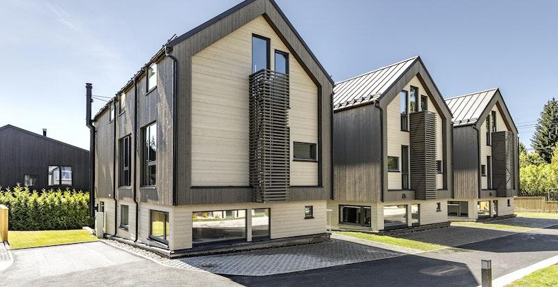 Tilbaketrukket og moderne bolig med god planløsning