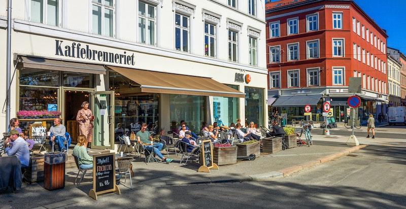 Grünerløkka ligger lett tilgjengelig med et bredt tilbud av restauranter, serveringssteder, barer, m.m.