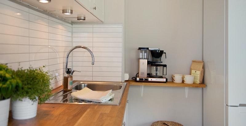 Kjøkkenet er nytt i 2018 med nye hvitevarer
