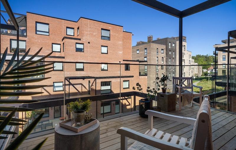 Vestvendt terrasse på ca. 12 kvm