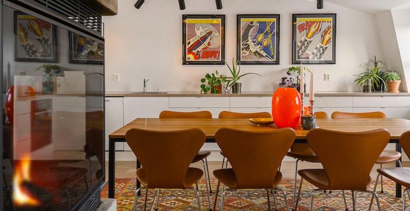 Kjøkken med plass til langbord