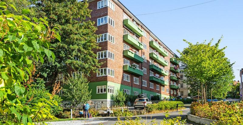 Bolteløkka er et fantastisk sted og leiligheten sokner til populære Bolteløkka skole.