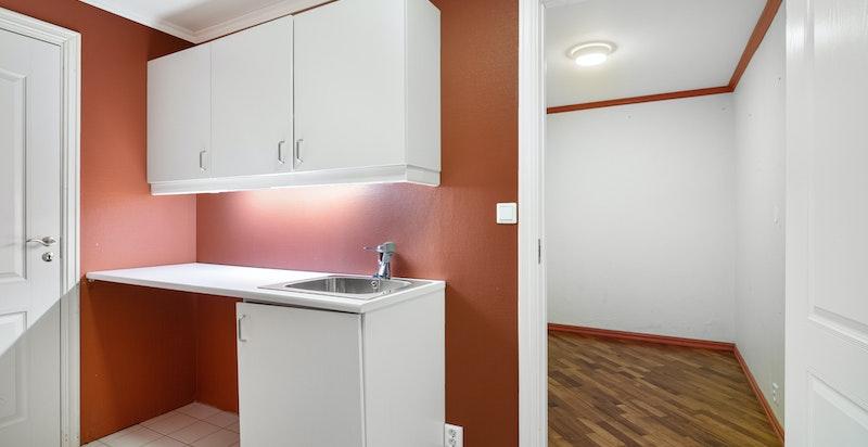 Vaskerom tilknyttet teknisk rom og bod