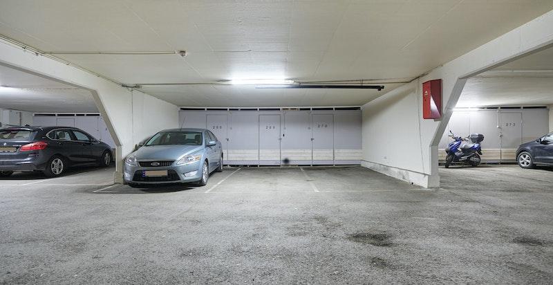 Garasjeplass i fellesanlegg