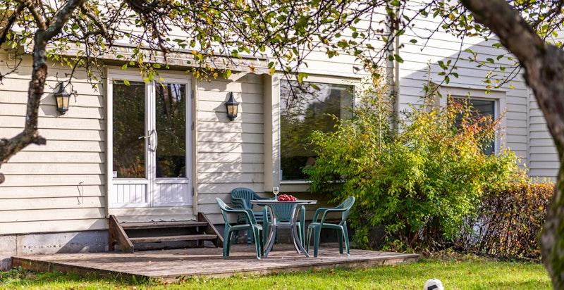 Terrasseplatting med utgang fra stue