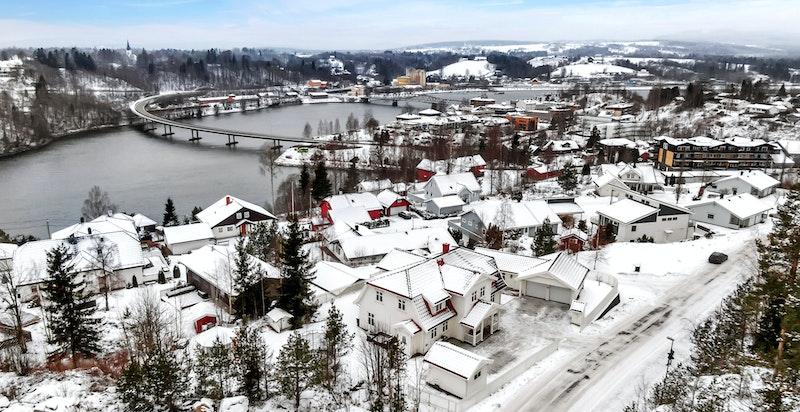 - Fantastisk beliggenhet nær Sundet sentrum i Eidsvoll kommune-