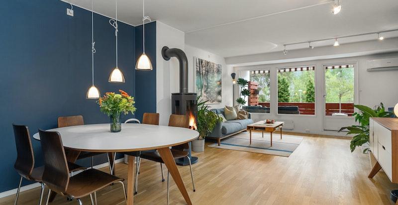 En stor og flott selveier terrasseleilighet i et stille, rolig og familievennlig boligområde innerst i blindvei