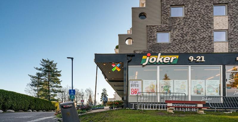Har du glemt en ingrediens til middagen er det kort vei til Joker, som også er søndagsåpen