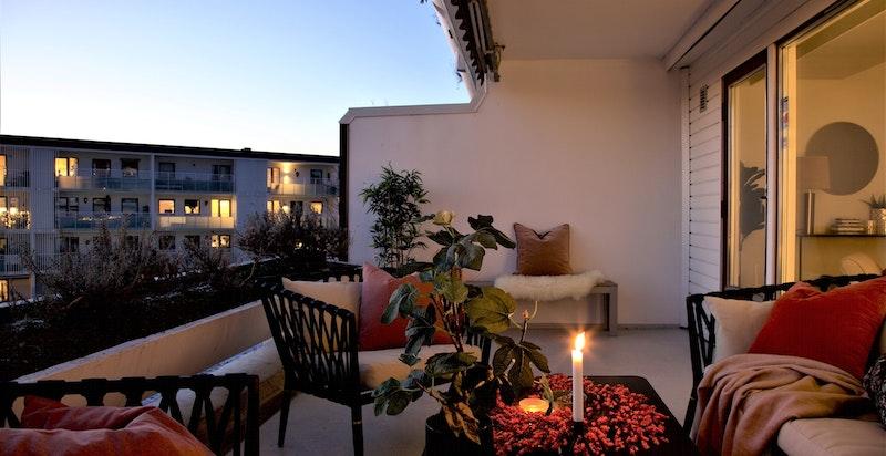 Kveldsstemning terrassen.