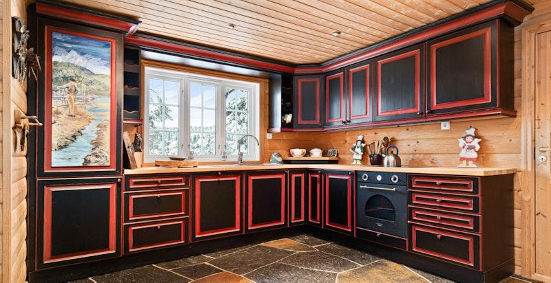 Snekkerbygd kjøkken