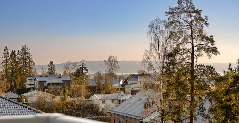 Flott utsikt mot fjorden