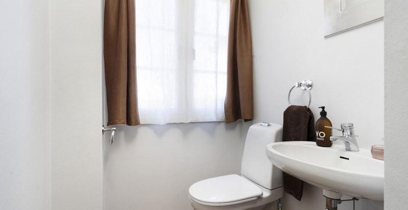 Separat toalett i 1. etg.