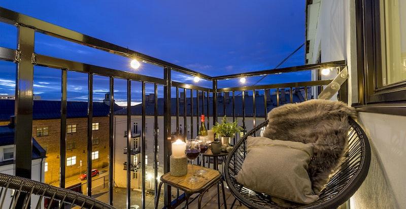 Hyggelig og skjermet balkong
