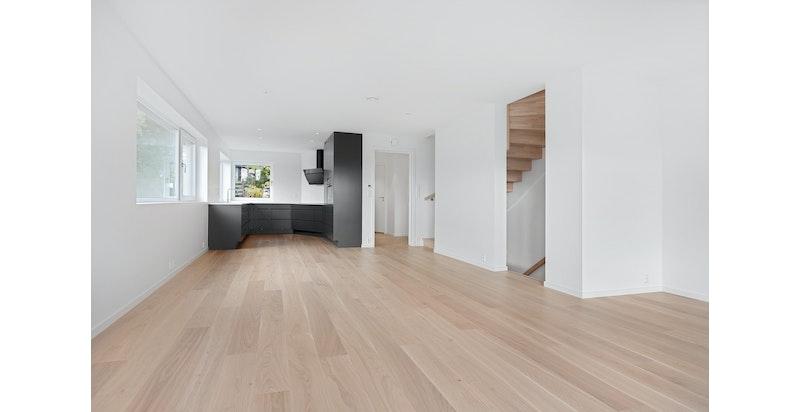 Åpen stue og kjøkkenløsning Bildet er fra snr 1. Denne sekjonen er speilvendt