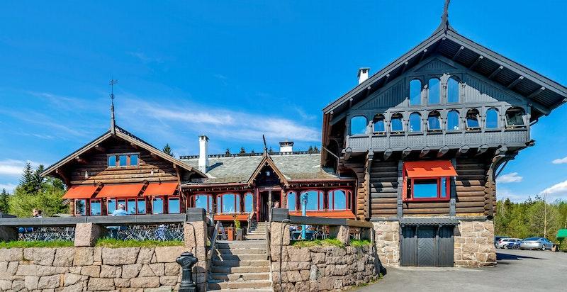Her befinner du deg ved porten til en av de fineste delene av Nordmarka med sitt unike turterreng og særpreg