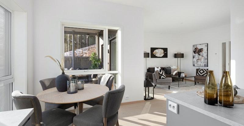 Leiligheten har arealeffektiv planløsning med åpen stue- og kjøkkenløsning.