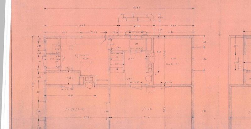 Planløsning 1. etasje - skisse fra byggeår ca. 1918 fra lignende hus i nabolaget - avvik forekommer