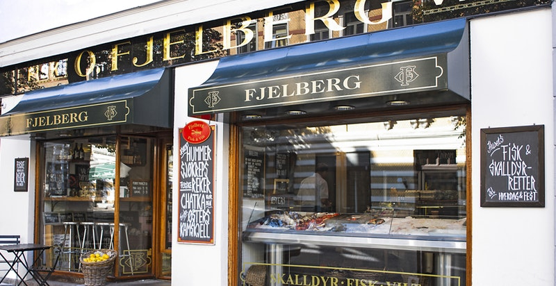 Klassikeren Fjelberg fisk og vilt et par min gåavstand fra eiendommen