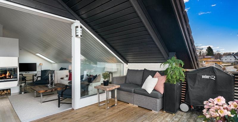 Stor, og utvidet terrasse uten innsyn