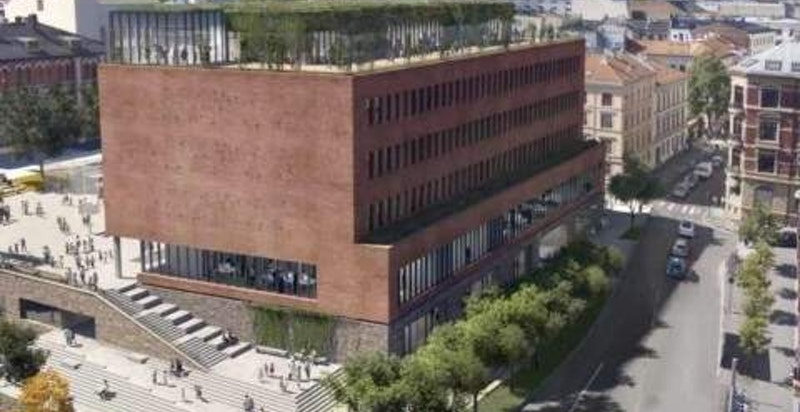 Nye Ruseløkka skole ligger rett ved