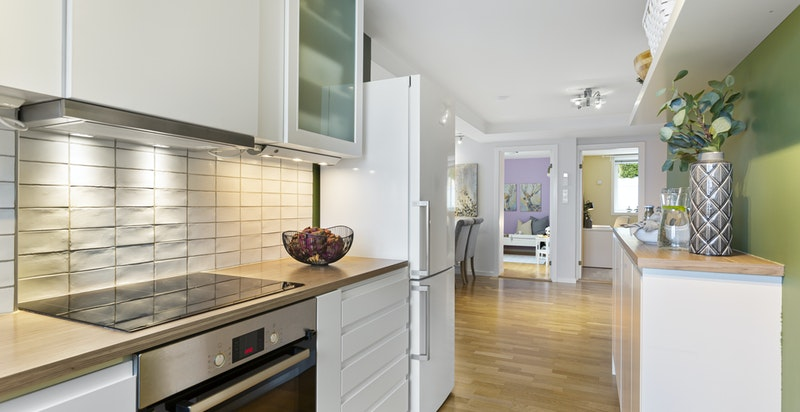 Kjøkken - integrerte hvitevarer (utover kjøl/frys)