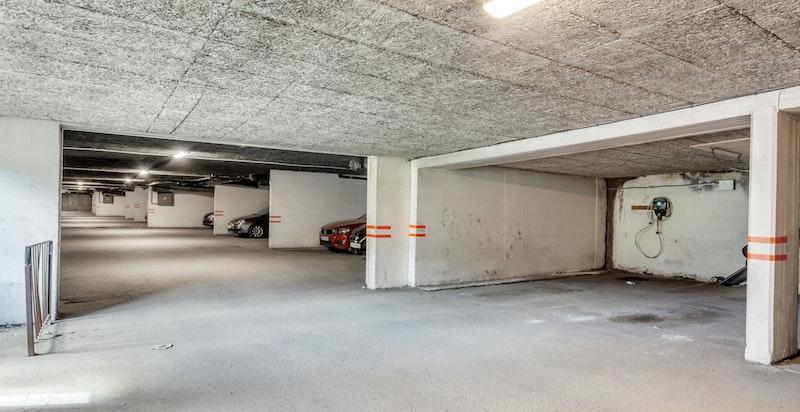 Medfølgende garasjeplass.