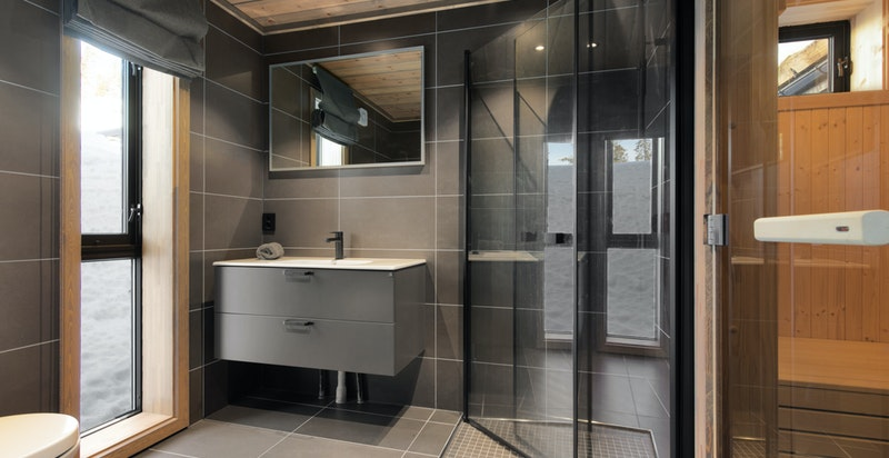 Flott og tidsriktig baderom med badstue - Midtre Fossliseteråsen, Norefjell