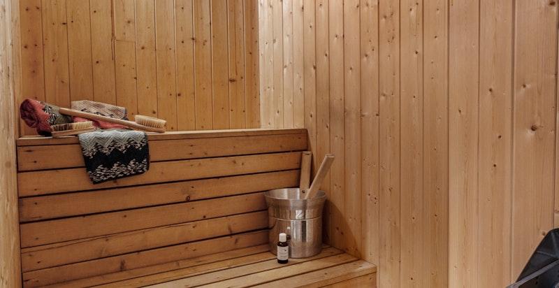 Badstue i direkte tilknytning til badet i u.etg.