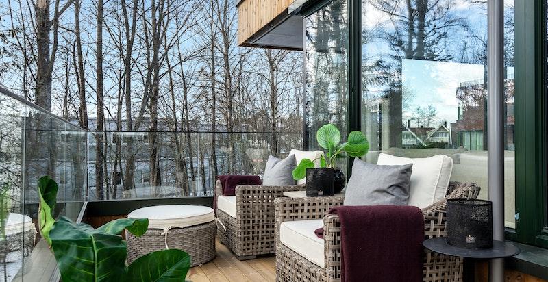 Sydvestvendt balkong på 11,5 kvm