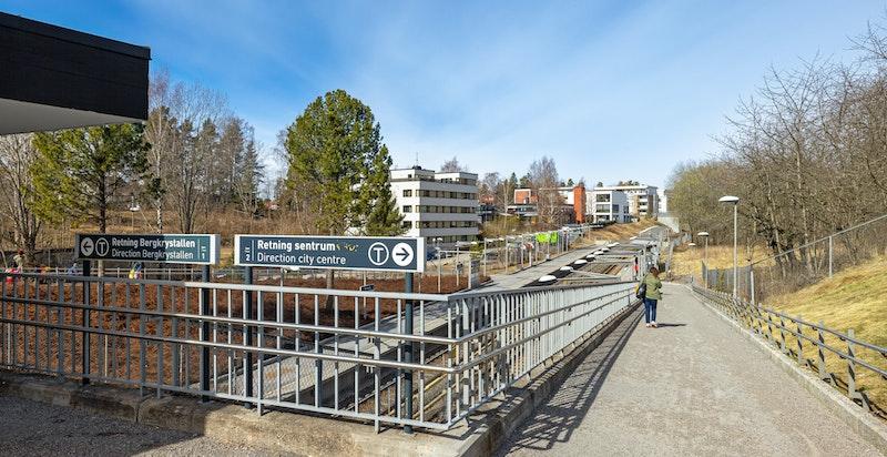 Kun 200 meter til T-bane på Munkelia.